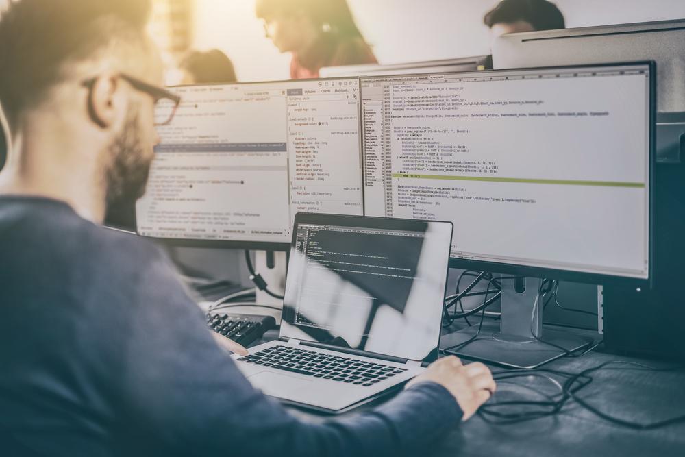 10 Benefits of using CodeIgniter for Web Development